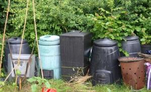 compost-bin-family